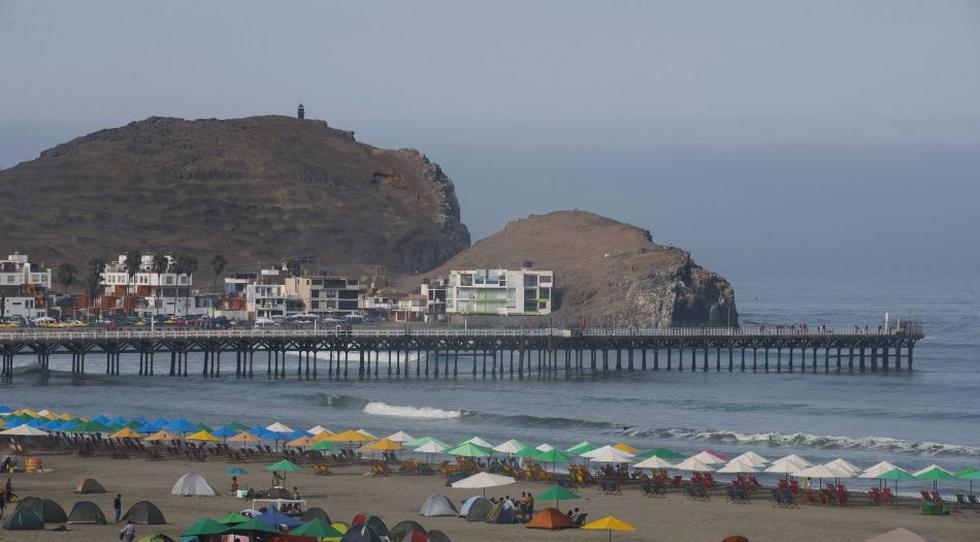 De Lima al balneario de Cerro Azul, 2 horas y 20 soles en transporte público, y un grato espacio para acampar. (Foto: Flor Ruiz - @florruizperu)