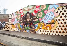 El mural que evoca a las culturas Chavín, Paracas, Wari y Mochica y que purifica el aire de Lima