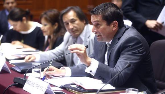 Comisión aprobó dos proyectos de reforma constitucional