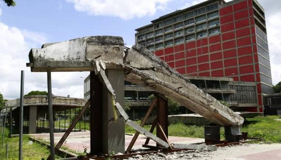 Venezuela: el lamentable deterioro de la Ciudad Universitaria de Caracas, joya arquitectónica y referente educativo del país. (OSWER DÍAZ MIRELES).