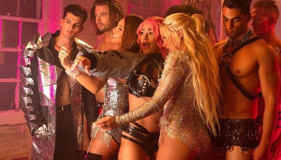 """""""Estoy Soltera"""" es una canción de Leslie Shaw, Thalía y Farina. (Foto: Instagram @leslieshaw)"""