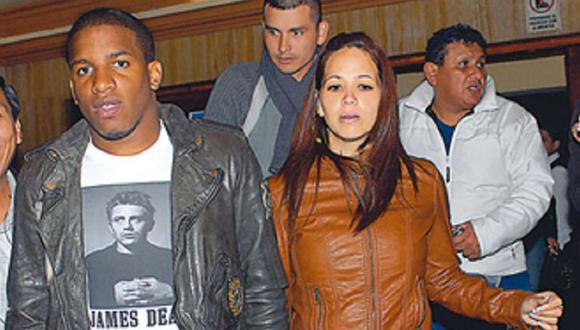 Melissa Klug y Jefferson Farfán son padres de dos niños, Adriano y Jeremy. (Foto: Ojo)