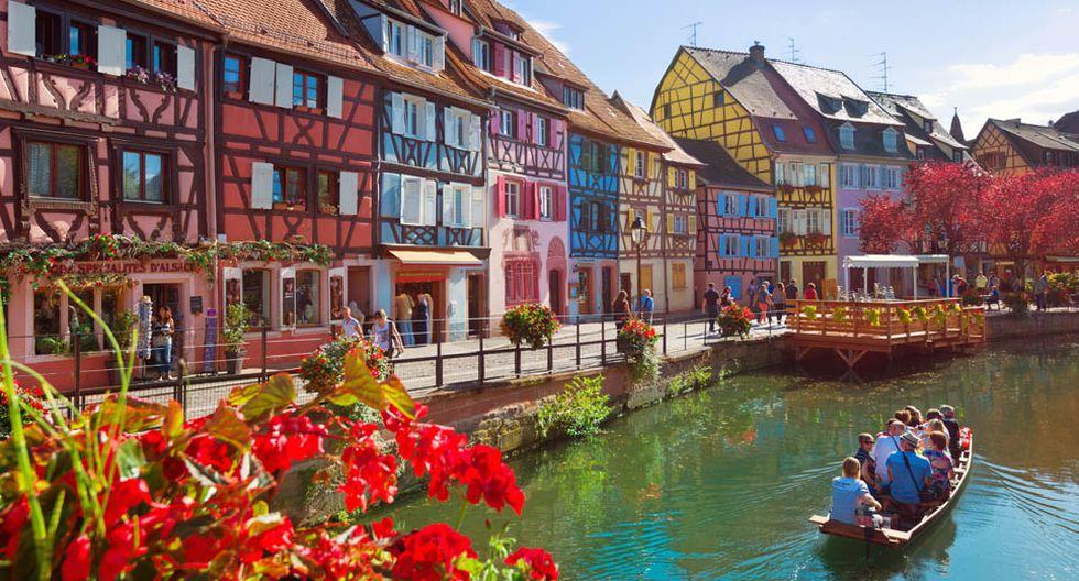 El centro histórico de Colmar, en la región del Gran Este de Francia, tiene calles con adoquines y construcciones medievales y de principios del Renacimiento.(Foto: Shutterstock)