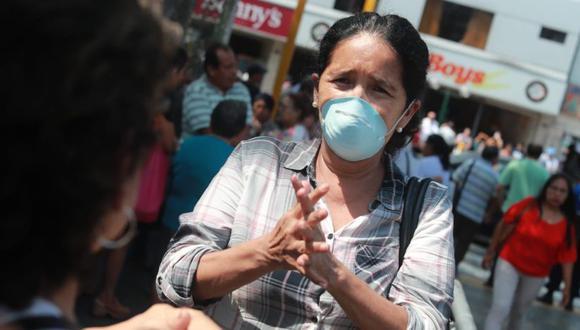 En el Perú, se podría reducir los efectos del posible contagio de coronavirus haciendo que los empleados —cuyos trabajos lo permitan— continúen con su labor mediante el teletrabajo, desde casa. (Foto: GEC)