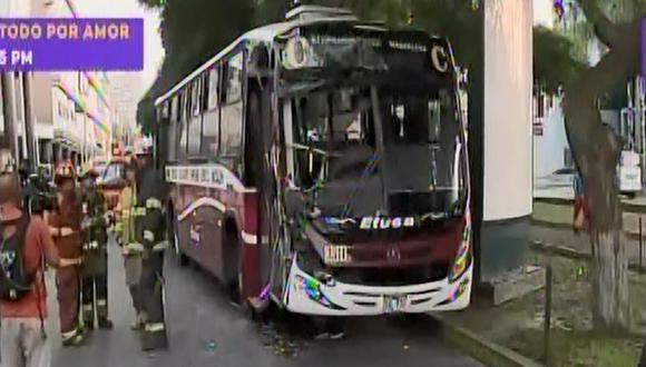 El bus se trasladaba a gran velocidad. (Foto: Captura/Latina)