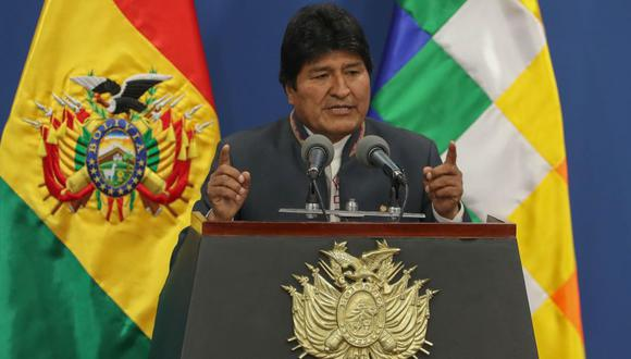 El presidente de Bolivia, Evo Morales, instó este jueves a sus seguidores y a la oposición a que cese la violencia, para calmar la tensión en el país en espera de que la OEA investigue las denuncias de fraude electoral. (Foto: EFE).