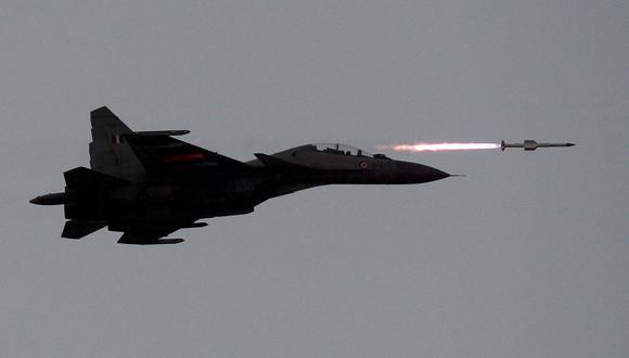Un avión SU-30MKI de la India participa en un ejercicio militar. (Foto: Reuters).