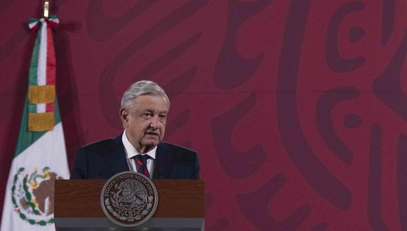"""El presidente Andrés Manuel López Obrador destacó que Diego Armando Maradona vivió """"su momento estelar"""" en México y que nunca """"renunció a sus ideales"""". (AFP)."""