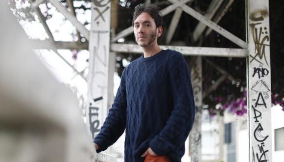 """Ángeles también es autor de las novelas """"La línea en medio del cielo"""", """"Austin, Texas 1979"""" y """"Plagio"""". (Foto: César Campos)"""