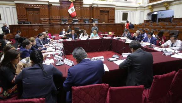 La Comisión de Constitución aprobó el dictamen sobre financiamiento ilegal de partidos políticos. (Foto: Congreso)