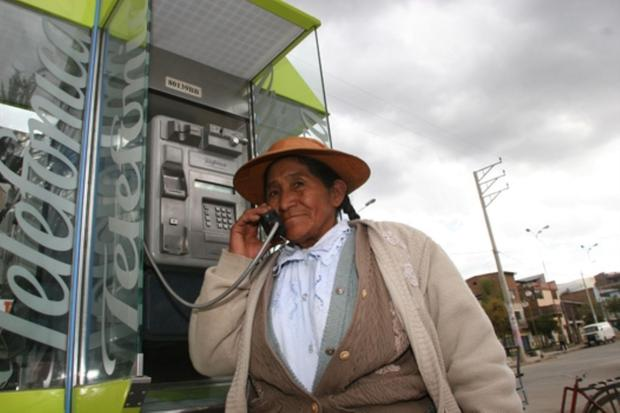 Javni telefon na podeželju (foto: Osiptel)