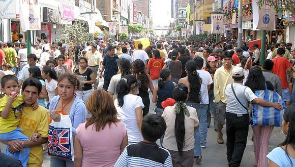 En agosto, el Índice de Confianza del Consumidor de Lima Metropolitana (Indicca), elaborado por Apoyo Consultoría e Ipsos, se ubicó en 39 puntos en una escala de 100. (Foto: Archivo El Comercio)