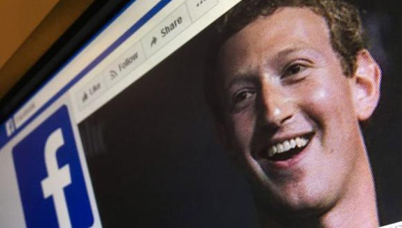 El caso de Cambridge Analytica trajo a colación la cuestión: ¿cuántas otras aplicaciones han 'traficado' con datos que han recolectado de los usuarios de Facebook? (Foto: AFP)