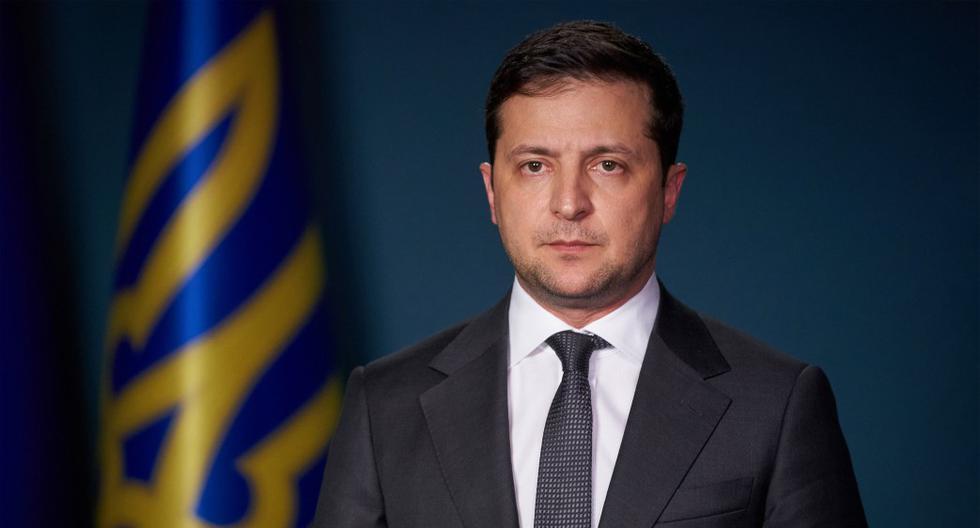 """El presidente de Ucrania, Volodymyr Zelensky, señaló que el piloto anunció a las autoridades de Irán antes que se estrelle. """"Él (piloto) lo vio todo y lo dijo a la torre de control. Él dice 'parece que lanzaron un misil', en farsi y en inglés"""""""". (Foto: AFP)"""