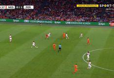 Perú vs. Holanda: el gol de Depay tras error en salida de Aquino [VIDEO]