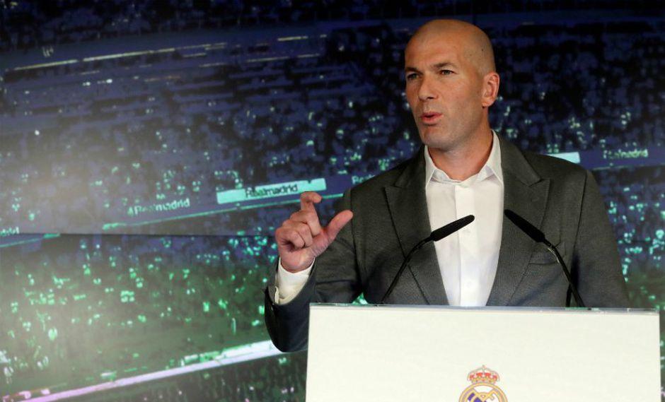 """""""Voy a poner todo lo que tengo dentro para hacer que el equipo vaya mejor"""", aseguró Zinedine Zidane delante de la prensa. (Foto: EFE)"""