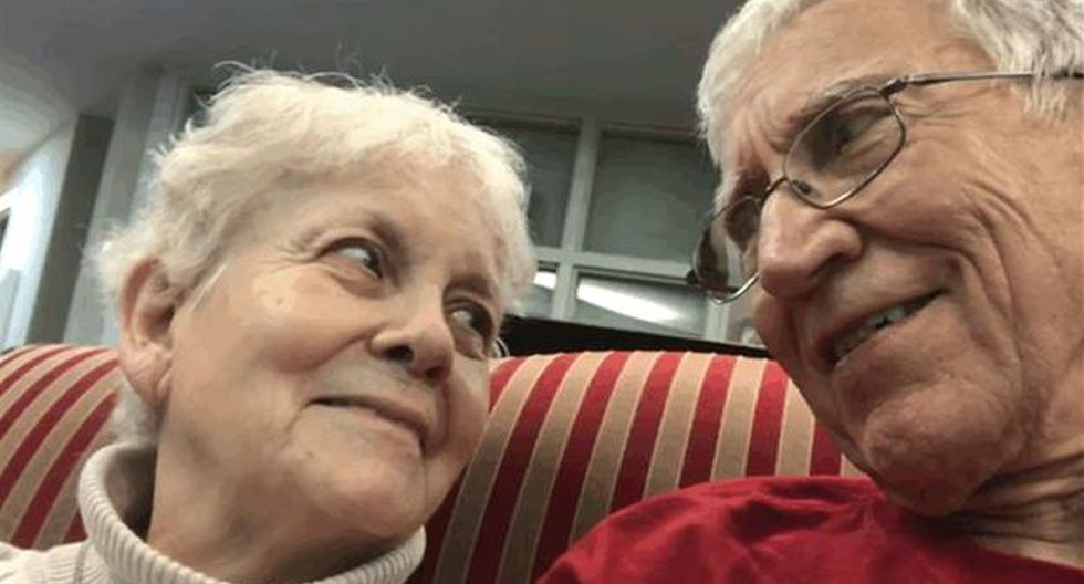 John Kline no está dispuesto a dejarla sola a su esposa. Él siempre estará a su lado, demostrándole lo mucho que significa en su vida. (Facebook: John Kline)