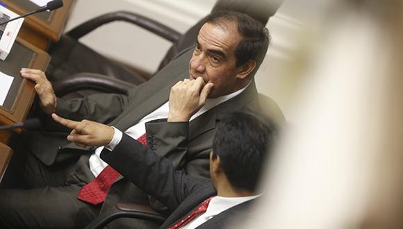 Periodista que fue víctima de acoso en el Congreso acusó al legislador Yonhy Lescano de ser el agresor. (Foto: GEC)