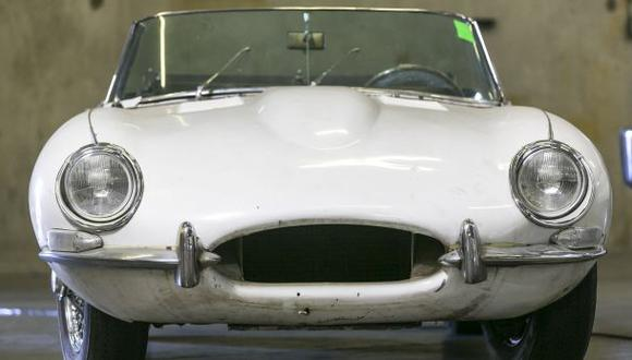 ¡Increíble! Recupera el Jaguar que le robaron hace 46 años