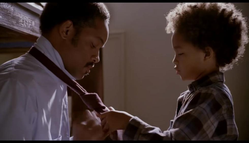 """Will Smith y Jaden Smith en la película """"En búsqueda de la felicidad"""" (2006)   Foto: Captura de pantalla"""