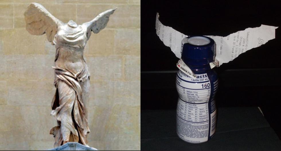 """Con un envase de plástico y un papel se obtuvo la estatua griega """"Victoria alada de Samotracia"""", hecha en mármol en el 190 a.C. / Foto: @gettymuseum"""