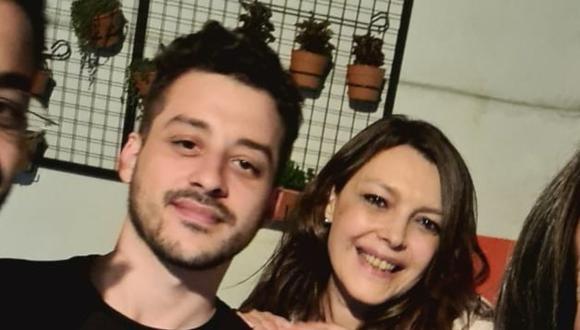 María Rosa Fullone era doctora en el Hospital Fernández y falleció tras contagiarse de covid-19. La despedida de su hijo se volvió viral. (Foto: @EzeCampelo / Twitter)