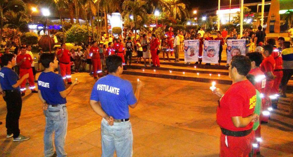 Bomberos de Tarapoto e Iquitos hicieron vigilias por fallecidos - 2
