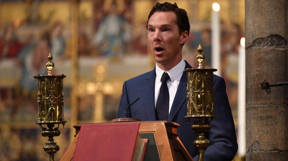 El premio Nobel de física 2017, Kip Thorne, que trabajó con Hawking, el astronauta británico Tim Peake, el astrónomo Martin Rees, y el actor Benedict Cumberbatch, que interpretó al astrofísico en una película de televisión, pronunciaron discursos en la ceremonia. En la foto, Cumberbatch. (AFP)