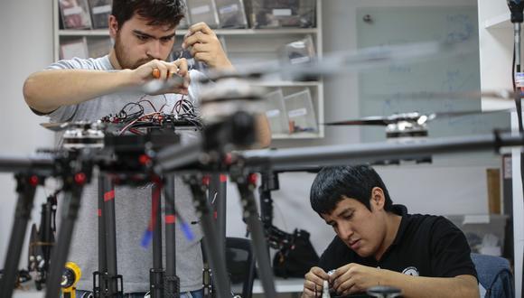 La primera operación, de US$100 millones, financiará proyectos de innovación empresarial a través de convocatorias competitivas. (Foto: GEC)