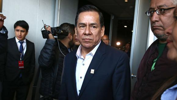 José Vega, vocero de UPP, consideró que el ministro Fernando Castañeda no puede estar un día más en el cargo. (Foto: Andina)