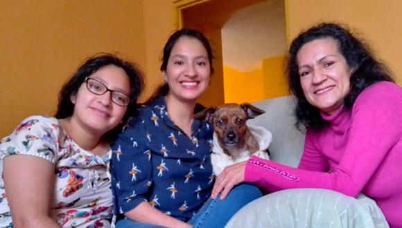 """Aurora Ramírez (der.) junto a sus gemelas Jessica y Jackelin, y su """"nieta"""" Brunella. (Fotos: Cortesía)"""