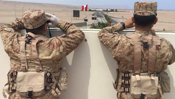 La rutina de los soldados ha cambiado drásticamente. Ellos llegan y salen del cuartel, en ocasiones más de una vez por día a patrullar las calles. (Foto: Ernesto Suárez)