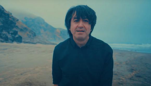 """Toño Jauregui en el video de """"Compárteme sabiduría"""". (Foto: Difusión)"""