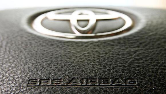 Toyota llama a revisión a más de 2 mlls. de autos en el mundo