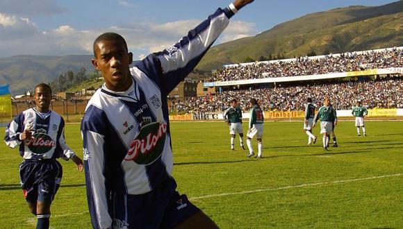 El ex delantero brasileño desempolvaría los botines y estaría dispuesto volver a Alianza Lima con la misión de ascender a la Liga 1. FOTO: EC