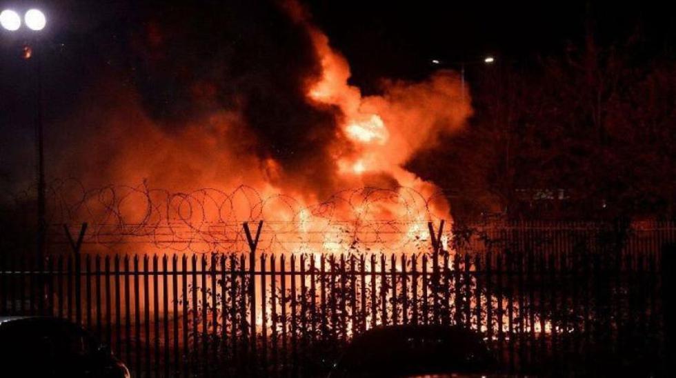 Este sábado se registró el choque del helicóptero del propietario del Leicester City. Las máximas figuras de la Premier League, no tardaron en pronunciarse en redes sociales (Foto: captura de pantalla)