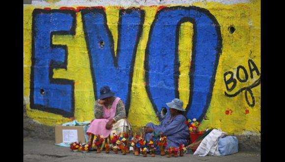 Evo Morales consiguió, hasta el momento, el 55% de los votos. (AP)
