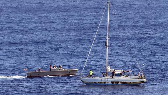 Unos 63 migrantes fueron declarados desaparecidos tras el naufragio de su lancha neumática el domingo frente a Libia. (Foto: AP)