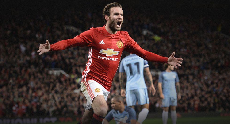 6. Juan Mata pasó del Chelsea al Manchester United en la temporada 2013/2014 por 44.73 millones de euros. (Foto: AFP)