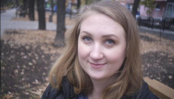 Catherine Serou se mudó de California a Rusia en 2019 para estudiar Derecho en una universidad en Nizhny Novgorot, una ciudad importante contigua a Bor, publicaron los medios de noticias. (Foto: Twitter-@Lucian_Kim).
