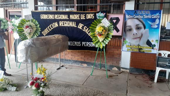 El cuerpo de la doctora Helen Carolina Torres Castro fue velado en el local del Colegio Médico. (Foto: Diresa)