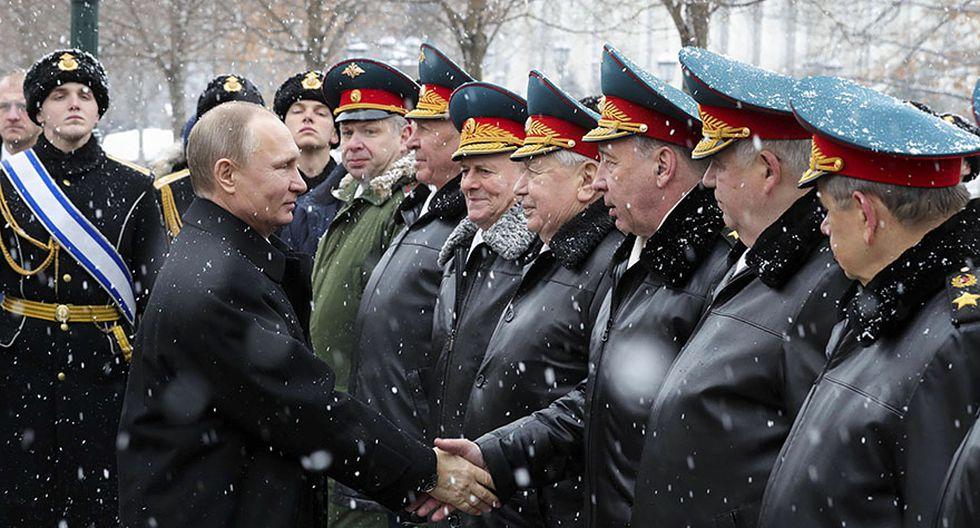 Putin elogia a su Ejército en el Día del Defensor de la Patria - 3