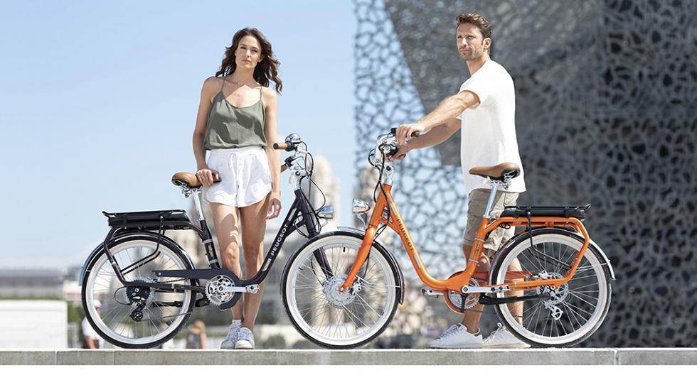 A pesar de ser una bicicleta eléctrica urbana, la Peugeot Legend eLC01 cuenta con ruedas adaptada para todo tipo de terrenos y carreteras. (Fotos: Peugeot).