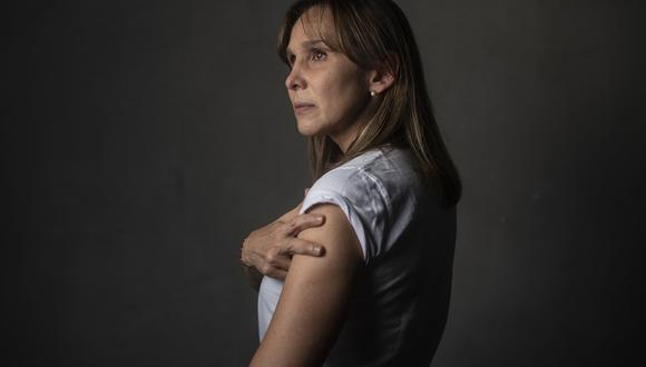 La actriz insta a la población a ofrecerse como voluntarios para estudios de otros laboratorios. Ve en la vacuna la única forma de regresar a la normalidad. (Foto: Elías Alfageme)