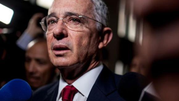 El exmandatario Álvaro Uribe, de 68 años y mentor político del actual presidente de Colombia, Iván Duque, es acusado de fraude procesal y soborno. (Foto: Getty Images)