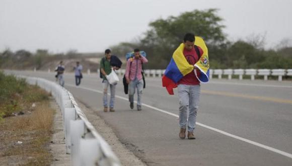 Los venezolanos escapan de la crisis política y social que azota al país   Foto El Comercio/Alfonso Chero
