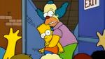 Krusty es uno de los pocos adultos que Bart respeta e idolatra, a pesar de ser una persona totalmente despreciable fuera de cámara (Foto: Fox)
