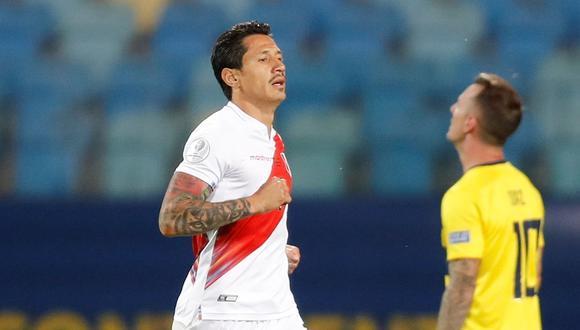 Gianluca Lapadula lleva 3 asistencias y un gol con la selección peruana. (Foto: EFE)