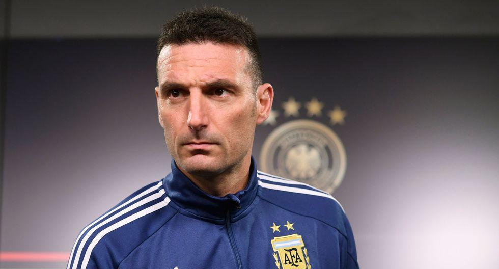 """Argentina vs. Alemania: """"Son el futuro de esta camiseta"""", dice entrenador Lionel Scaloni sobre Paulo Dybala y Lautaro Martínez. (Foto: AFP)"""