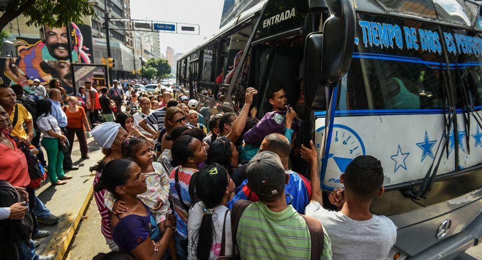 Nuevo apagón desata el caos en Caracas y varias zonas de Venezuela. El metro permanece cerrado y muchos no consiguen movilidad para sus destinos. (AFP).